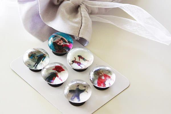 How to make glass bead fridge magnets
