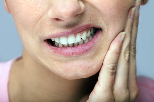 8 signs you may be suffering from gum disease