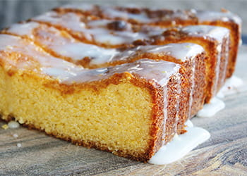 Polenta lemon loaf with icing