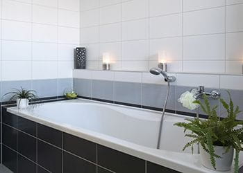 Photo of a bathroom - Groutman - Tile & Grout Cleaning