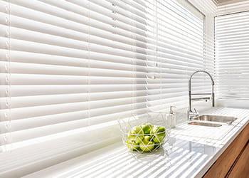 Kitchen with Venetian blind