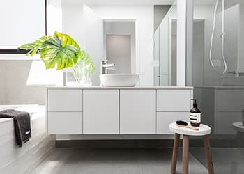 Modern and relaxing bathroom