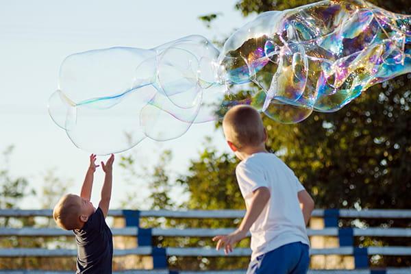 Make the biggest bubbles EVER!