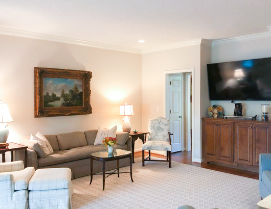 spring harbor villa living room with a television