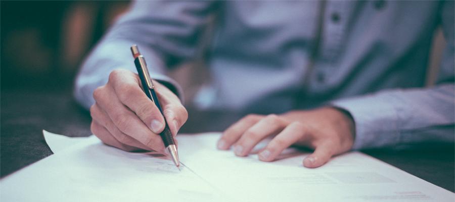 CDD ou intérim, le long dilemme des contrats courts