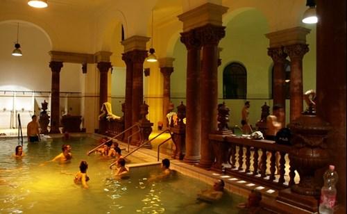 Széchenyi Thermal Baths Inside