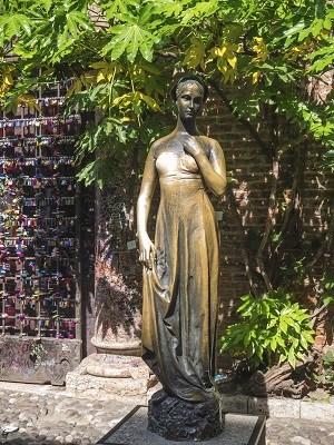Juliet Statue Verona