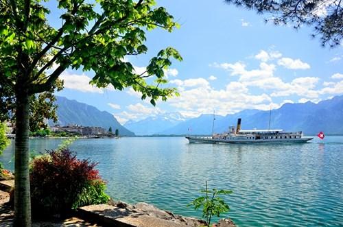 Geneva Lake Cruises