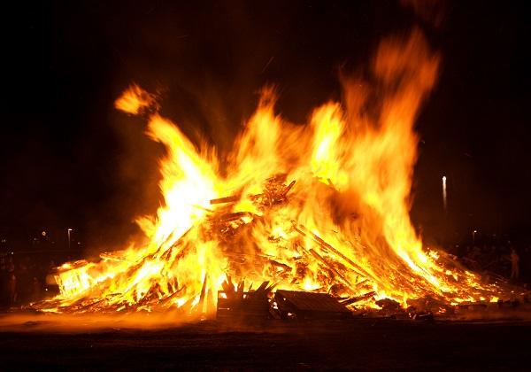 Iceland Bonfire