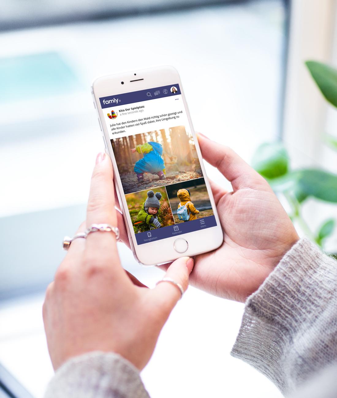 Eltern erhalten Neuigkeiten und Informationen direkt über ihr mobiles Famly Profil.