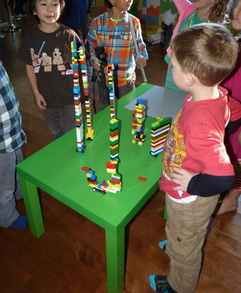 Kids building towers from building blocks