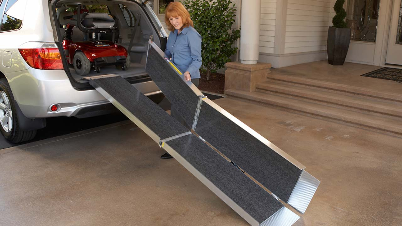 SUITCASE® TRIFOLD® AS Ramp Product Image