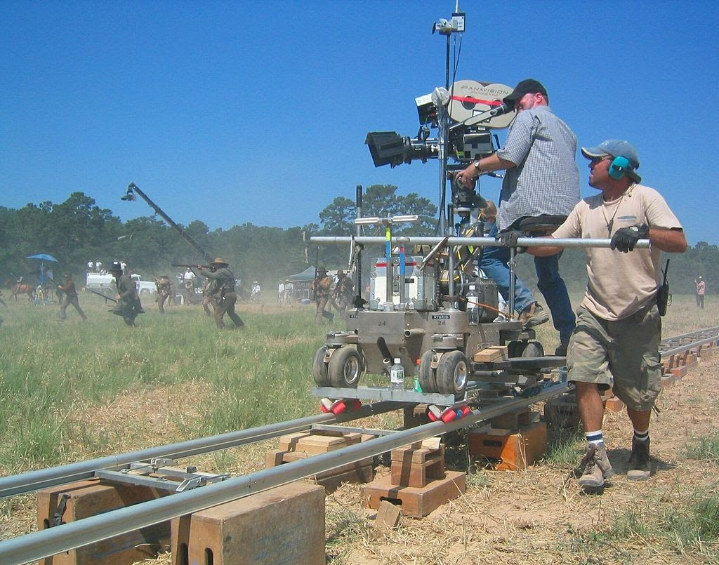 Film Crew Positions - Dolly Grip - Wrapbook