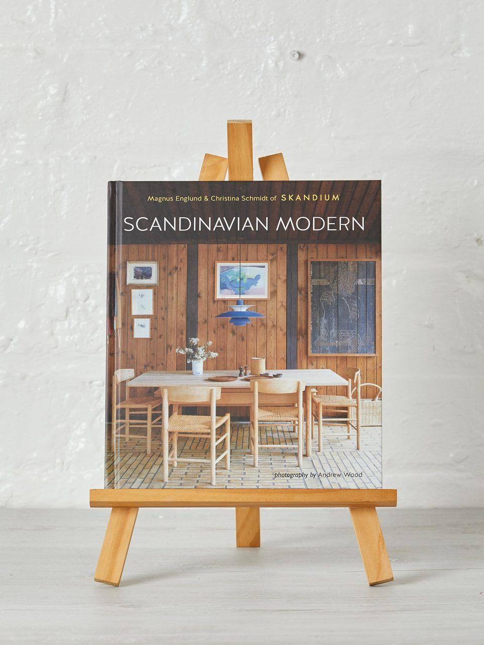 Scandinavian Modern, Skandium
