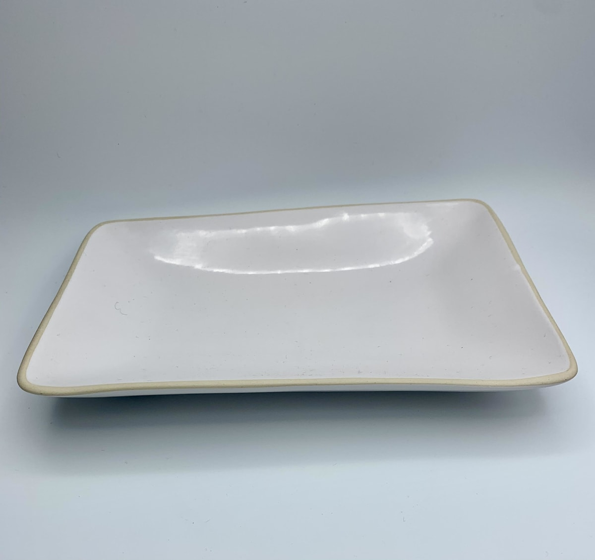 white ceramic rectangle bowl