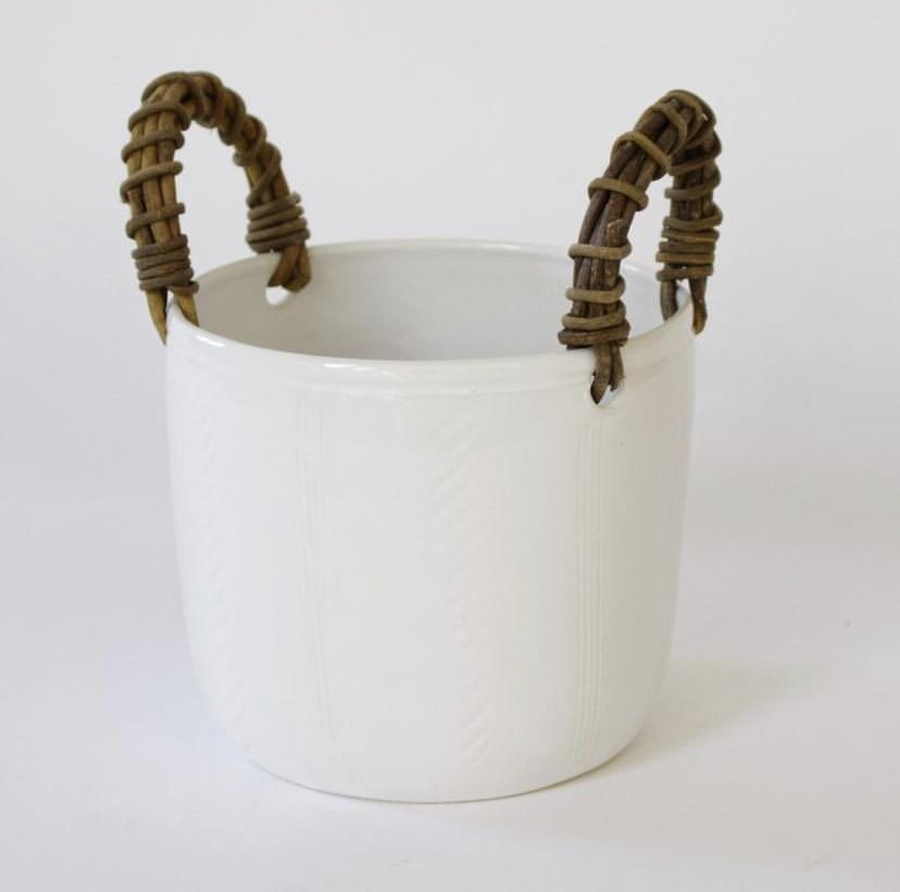 ceramic pot with akebia vine handles