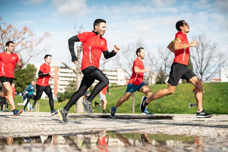 testing des chaussures ASICS par les runners