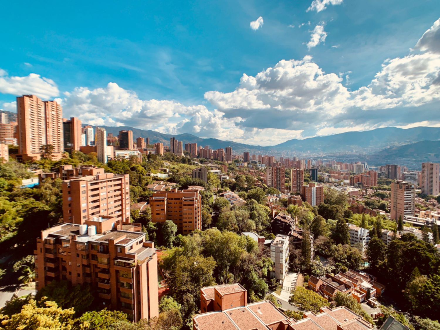 picture of Medellin Colombia, a nearshoring destination