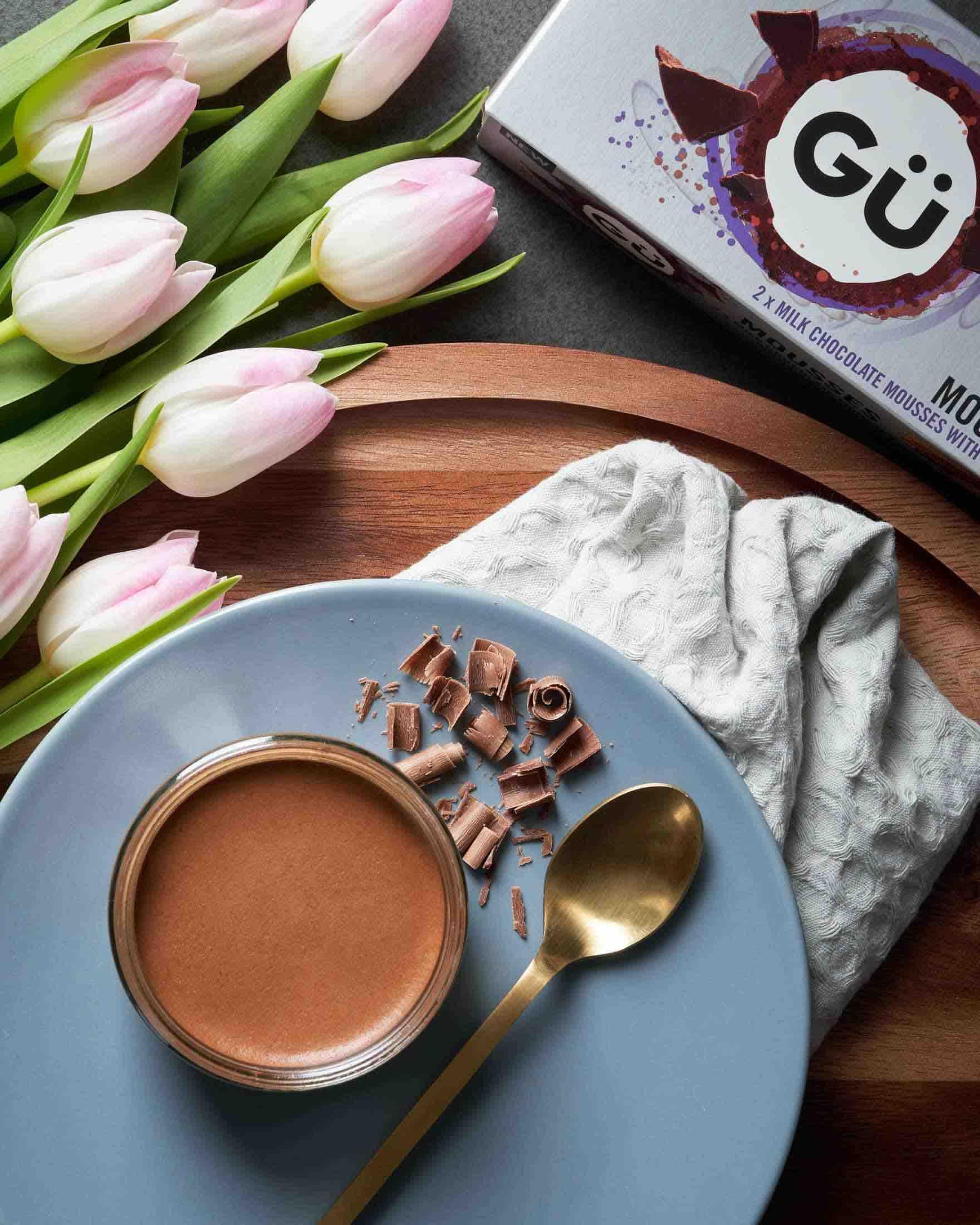Gü Milk Chocolate Mousse & Ganache Flowers