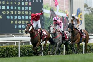 Karis Teetan salutes winning with Mr Stunning in the Group 1 FWD Chairman's Sprint Prize (1200m), picture Hong Kong Jockey Club