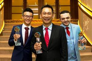 Singapore 2016 champion jockey Manoel Nunes (right) poses proudly with his trophy at the 2016 Singapore Racing Awards on Tuesday night in Singapore along with (from left) Wong Chin Chuen (champion apprentice jockey), Alwin Tan (champion trainer), picture Singapore Turf Club