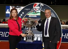 Anthony Kelly, Executive Director, Racing Business and Operations of the HKJC(right) and Karen Au Yeung, Vice President of LONGINES Hong Kong kick off the selections announcement ceremony, picture Hong Kong Jockey Club.