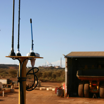 GNSS antenna alignment for machine guidance systems