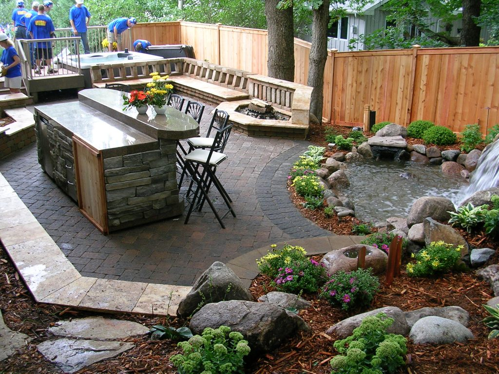 Outdoor-Seating-To-Your-Design
