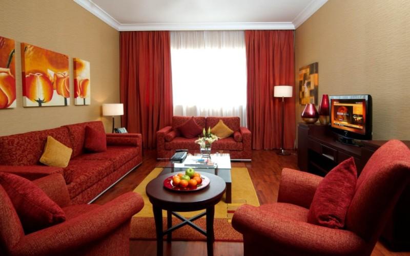 minimalist-living-room-combining-colors