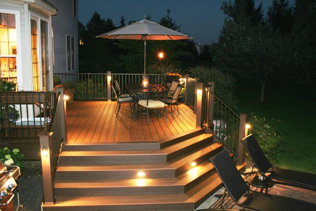 contemporary-deck-lighting-ideas