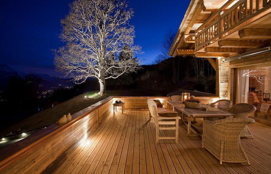 wood-deck-lighting-ideas