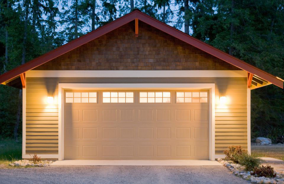 garage-security-lightning