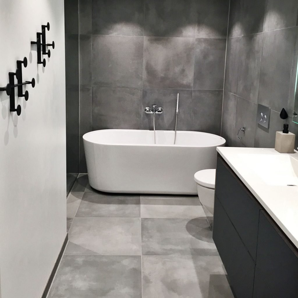 white-grey-bathroom