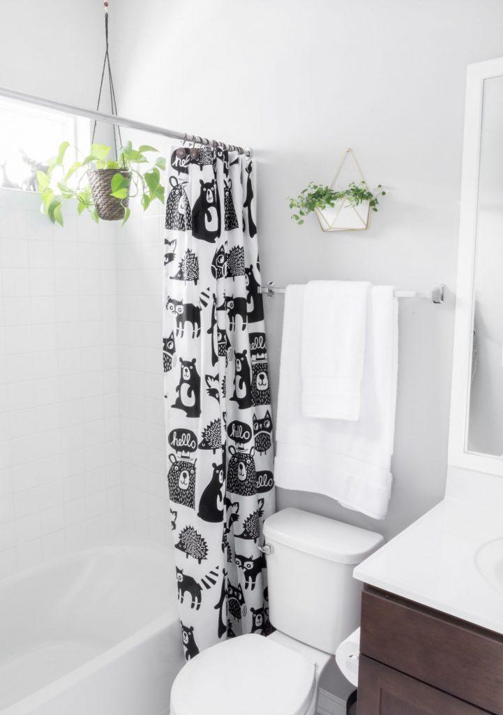 kids-grey-bathroom