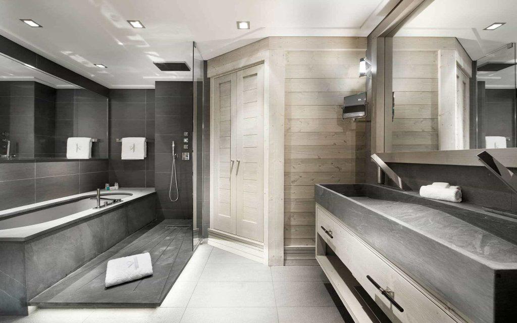 amazing-black-and-grey-bathroom-design
