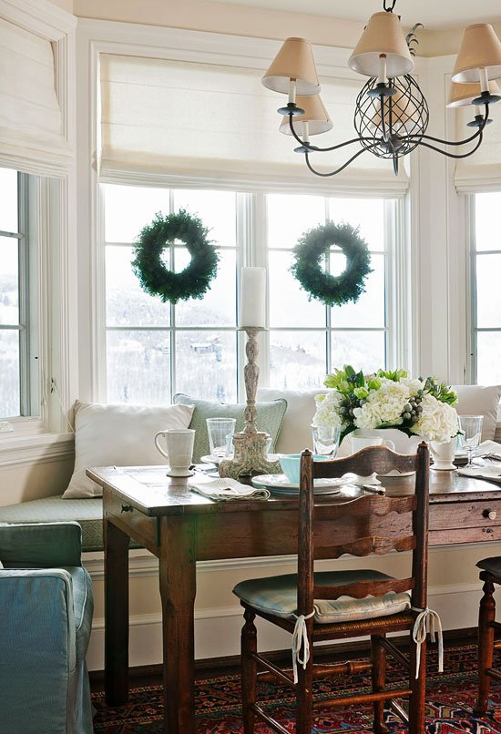 bay-window-french-table
