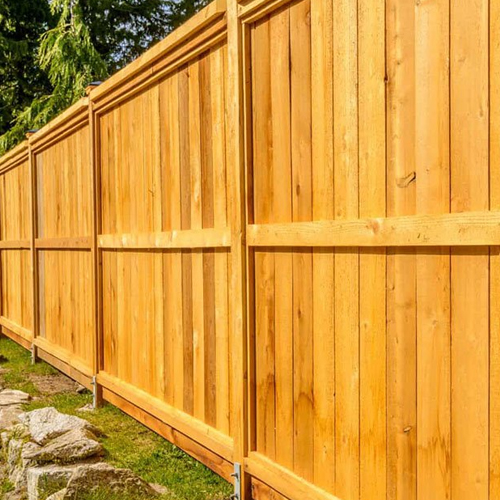 Possibly, you want to construct a new fence for your backyard but are not quite sure where to start. You really don't know which materials will work best to show off your home as well as your backyard or what requirements are needed.