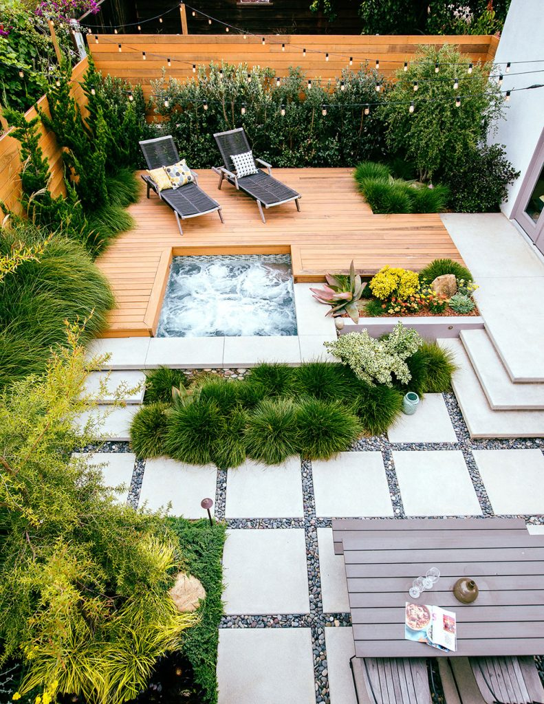 small-patio-ideas-with-water