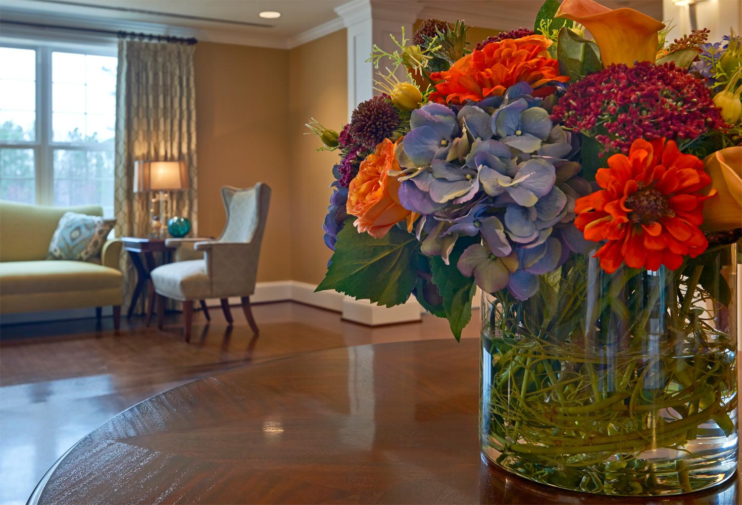 Brandermill Woods Skilled Care Flower Vase Image