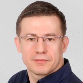 Maciej A.