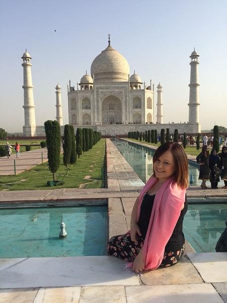 Vicky Bell Taj Mahal