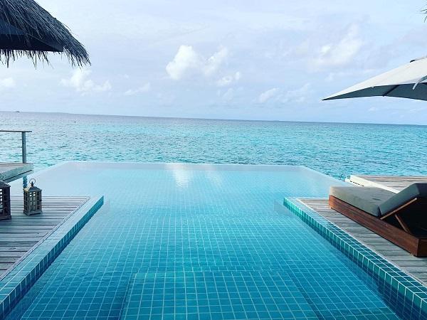 Finolhu Infinity Pool