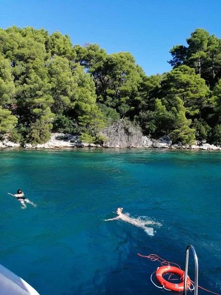 Kerrie Lake Swimming