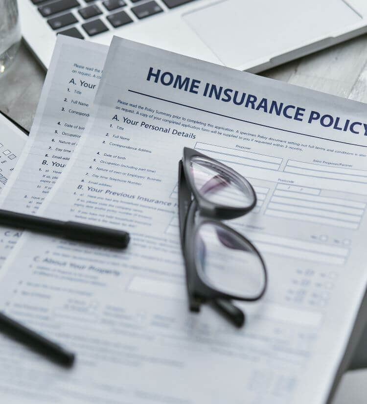 Image of a blank home insurance policy application.