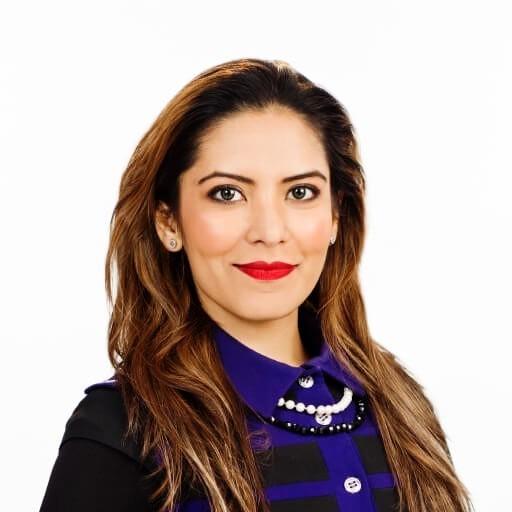 Mariam Reza headshot