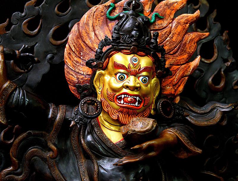 Mahakala, sculpture représentant la souffrance sans fin du Dukkha