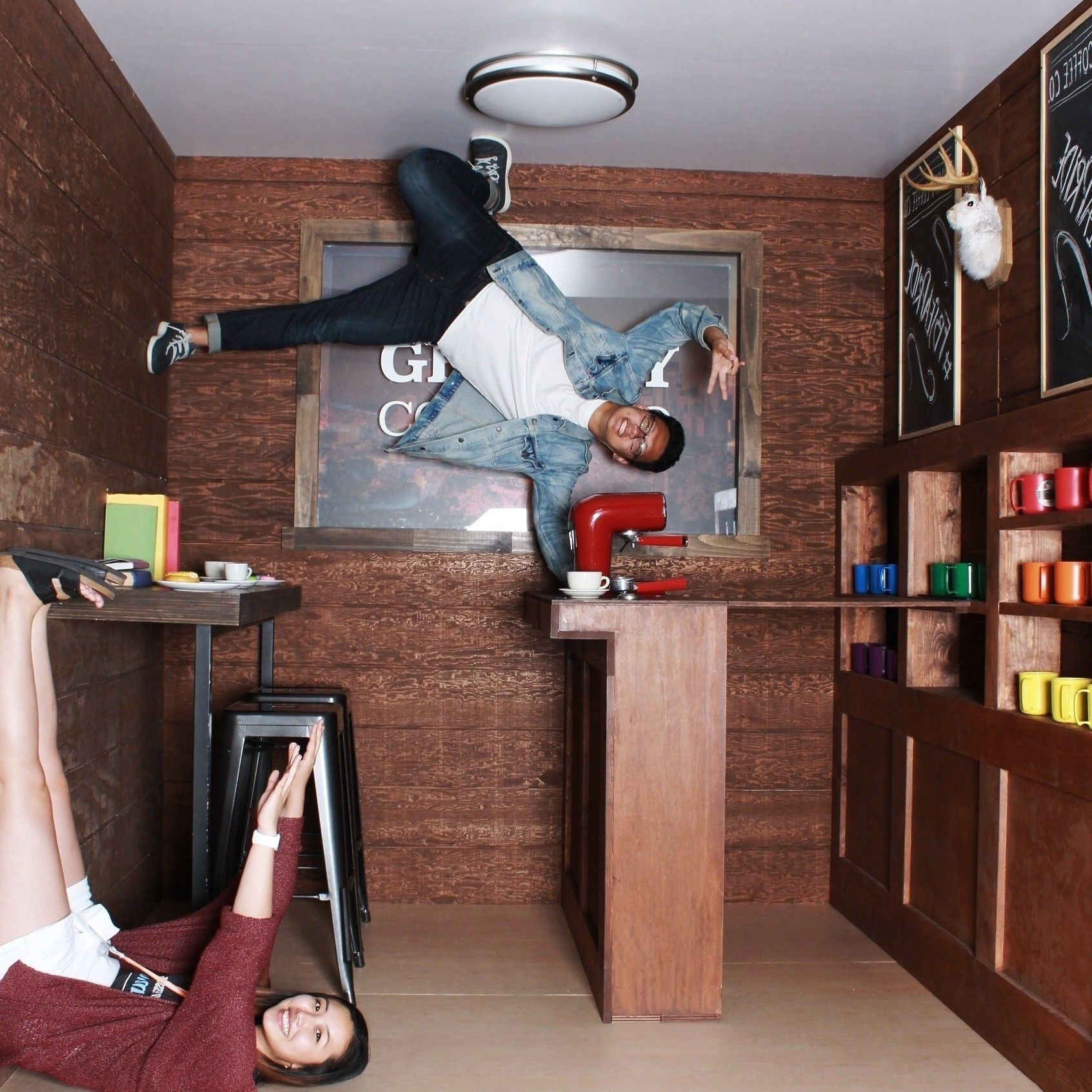 Facebook Gravity Room Photo Experience