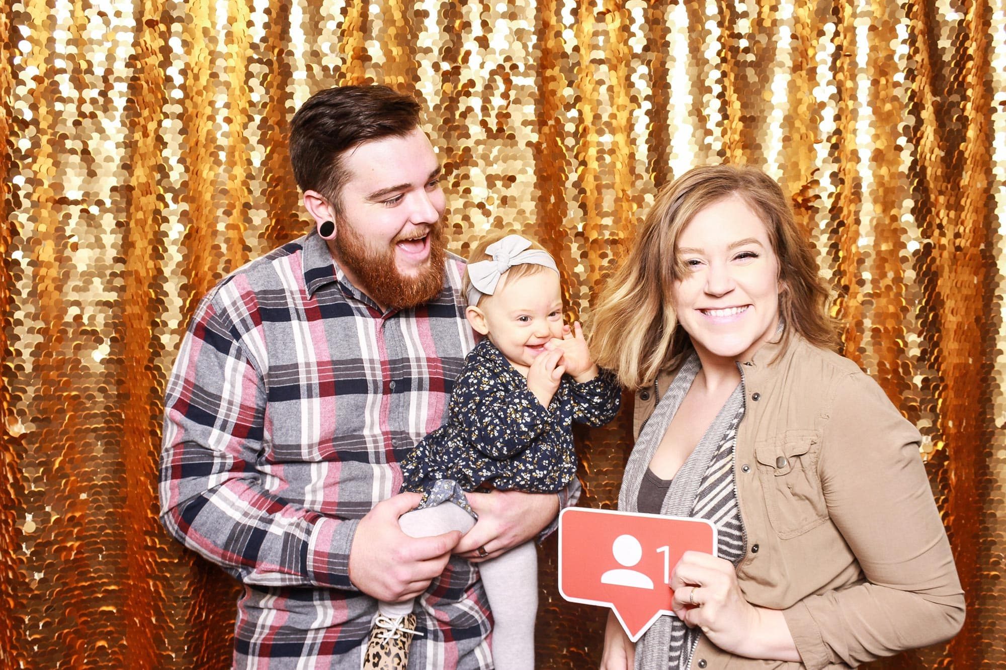 Pregnancy announcement photo booth gold background