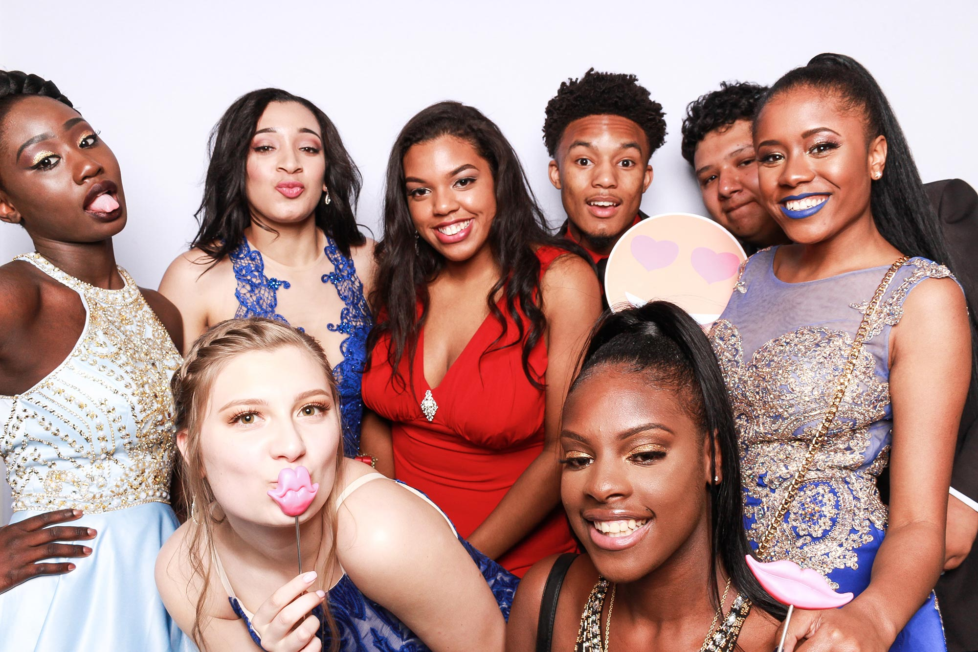 Group Photo High School Dance Photo Booth Experience