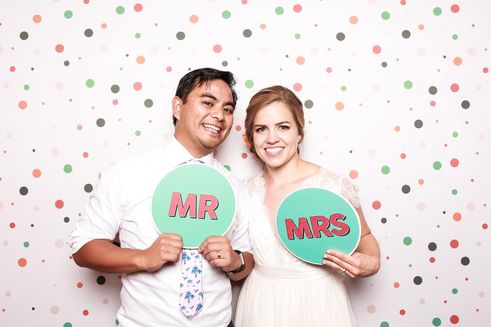 Weddings with The SnapBar
